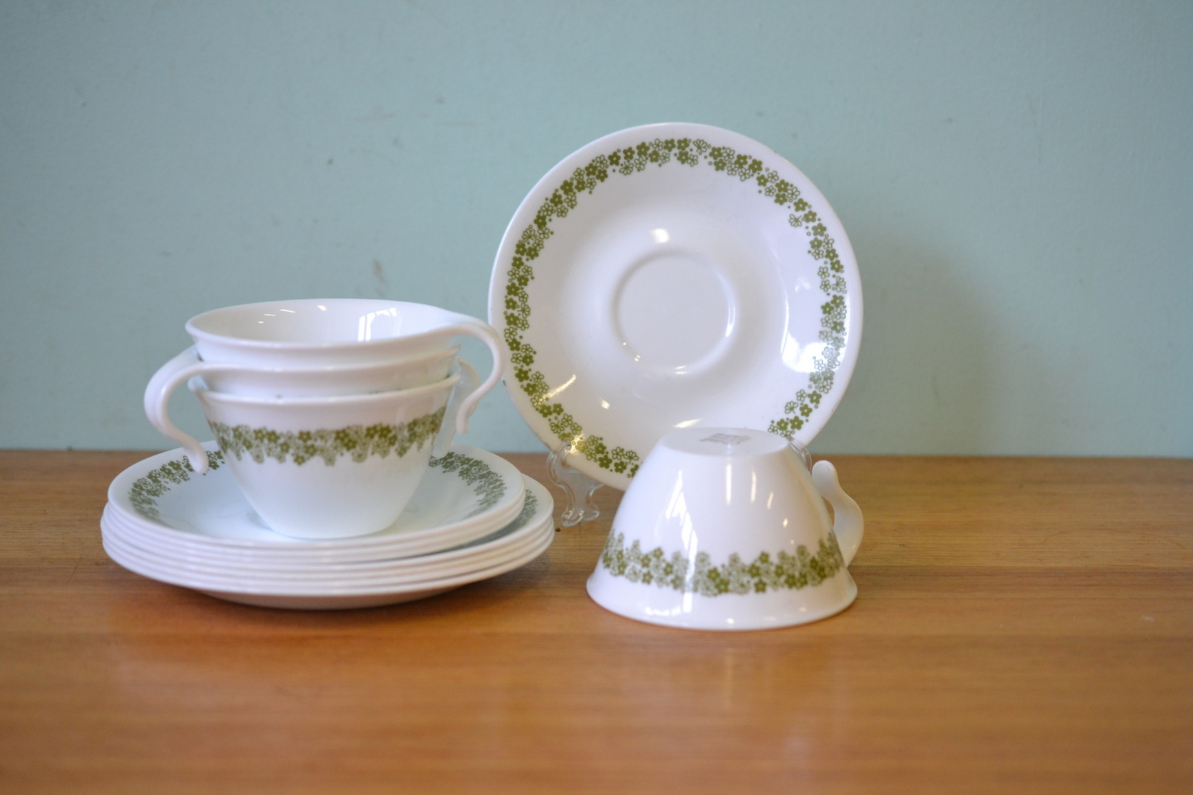 Vintage Corelle Trio Tea Cups And Saucers Glassware X4