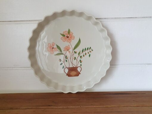 Countryside Stoneware Collection round Ovenware dish WTPL