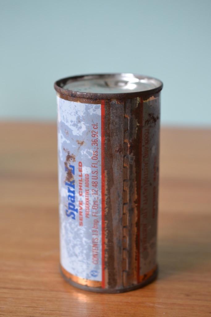 Vintage spark-L lemonade can