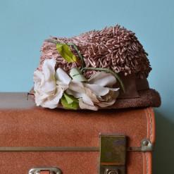 Vintage women's dusty pink dress hat