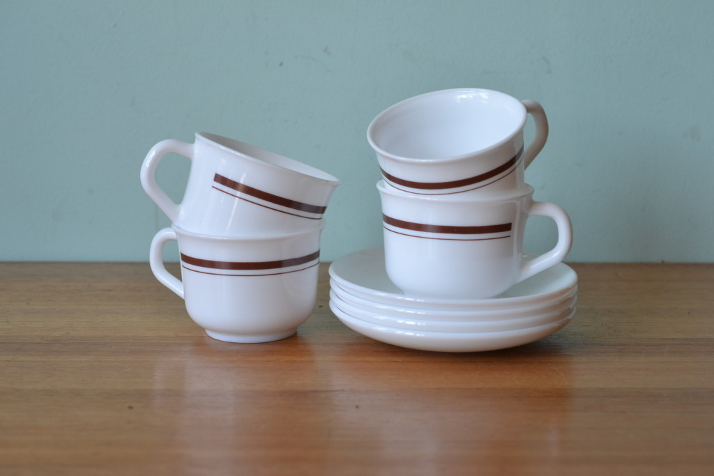 Vintage Acropal set teacups / coffee cups & saucers made in France