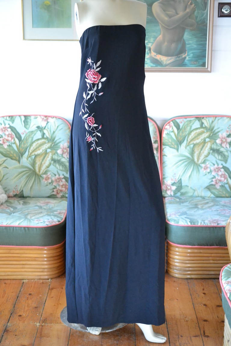 bbc19cf9599d Vintage Black strapless dress red roses Size 12 Purple Patch - Funky ...