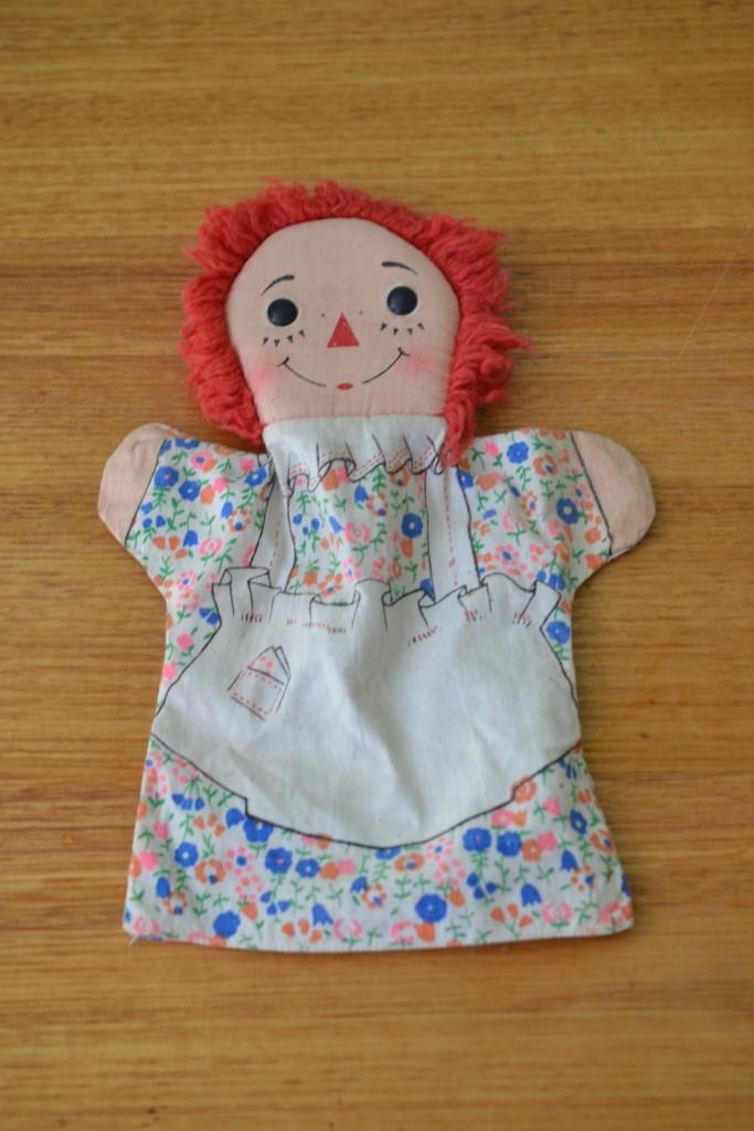 Vintage Raggedy Ann puppet doll retro