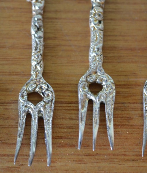 Vintage Italian Hors D Oeuvres Forks Party Picks Metal