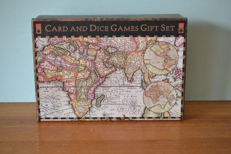Card and Dice Games Gift set Map of the World