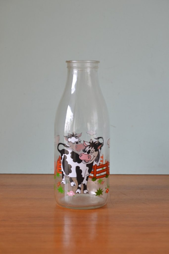Vintage Milk bottle cows Taiwan no lid