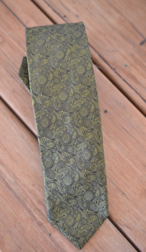 Vintage men's tie Holly Green Paisley pattern 1990s