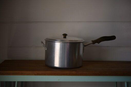 Vintage aluminium metal Bakelite saucepan